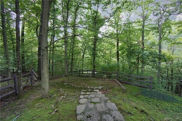 Ohio-Saltbox-MeditationSpot